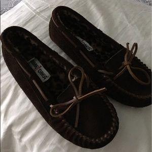 NWOT Minnetonka moccasins- slippers